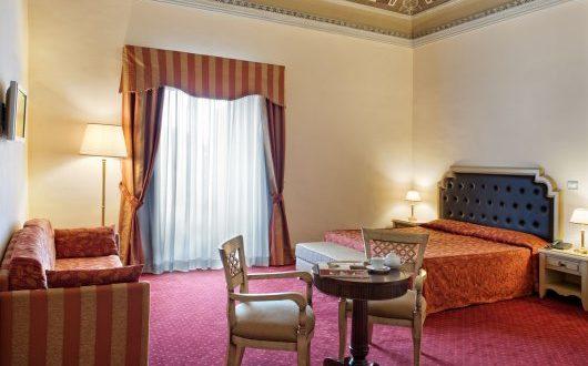 Superior Manganelli Palace